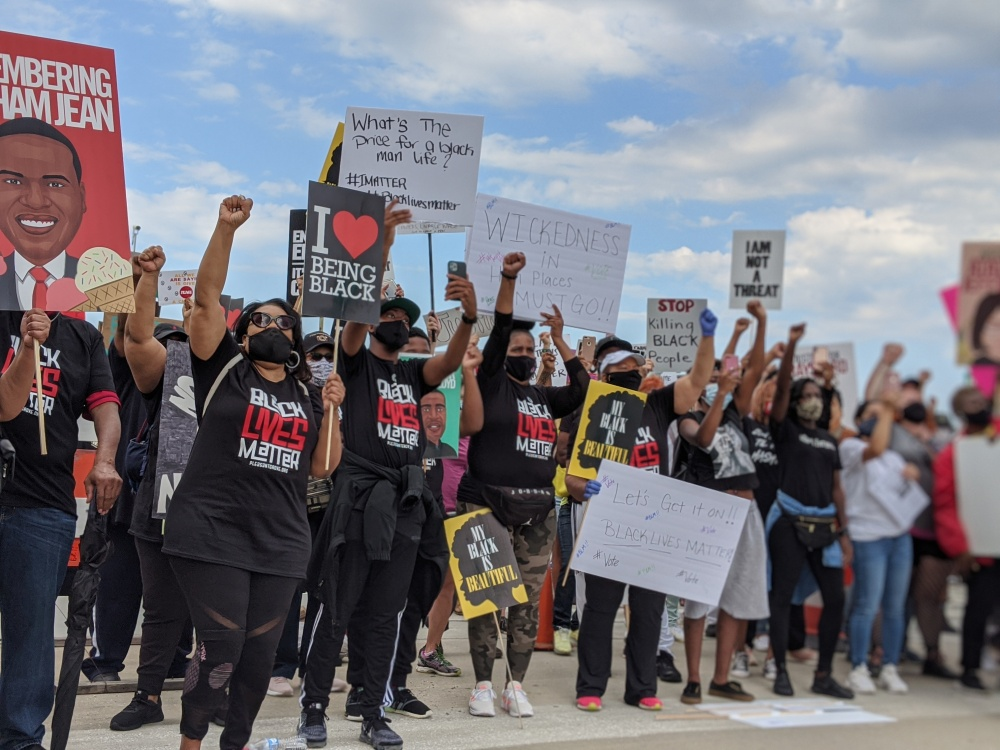 Protesters in Atlanta at NAACP march to the Capitol - June 2020.  photo credit @prettysocialatl